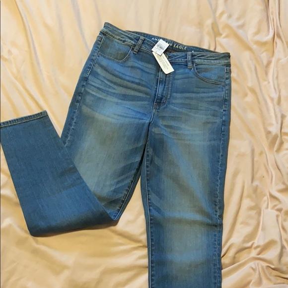 AE Jeans NWT high rise